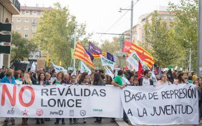 Represión «mordaza»en la manifestación contra la LOMCE y las reválidas del 26 de Octubre